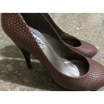 Zapatos Taco Fergie Talla 6.5 Usados Color Nude Piel