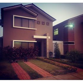 De Oportunidad Hermosa Casa  Ciudad Celeste Via Samborondon