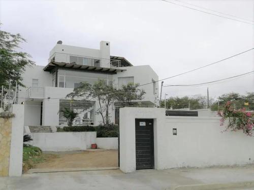 Casa Con Vista Al Mar Cerca De La Playa