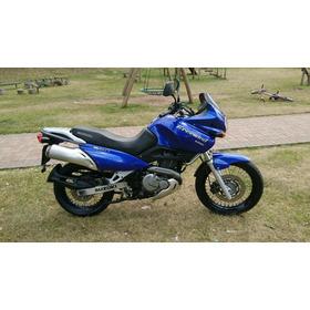 Moto Suzuki Freewind Doble Propósito 650cc Azul