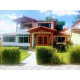 Casa Independiente De 200 M² De Construcción La Armenia