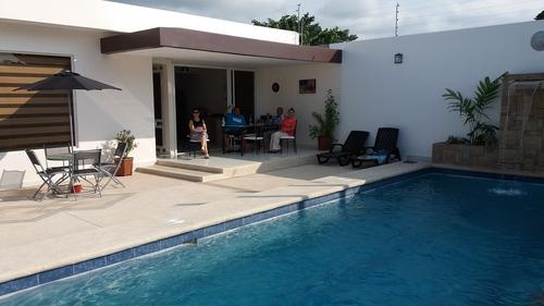 Alquiler De Casa Privada En Playa Almendro Tonsupa