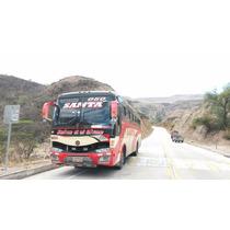 Bus Hino Ak 2012